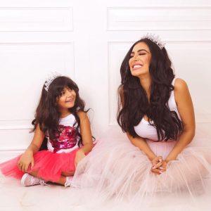 Huda Kattan con la figlia