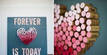 Decoro da parete DIY con tappi di sughero - fonte Pinterest