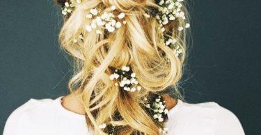 Le più belle acconciature da sposa con capelli lunghi