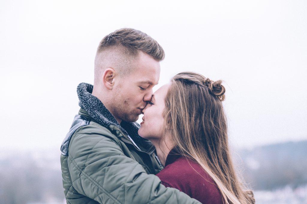 Frasi romantiche per l'amore a distanza