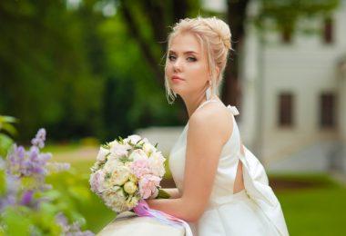 Acconciature-per-sposa-con-capelli-lunghi