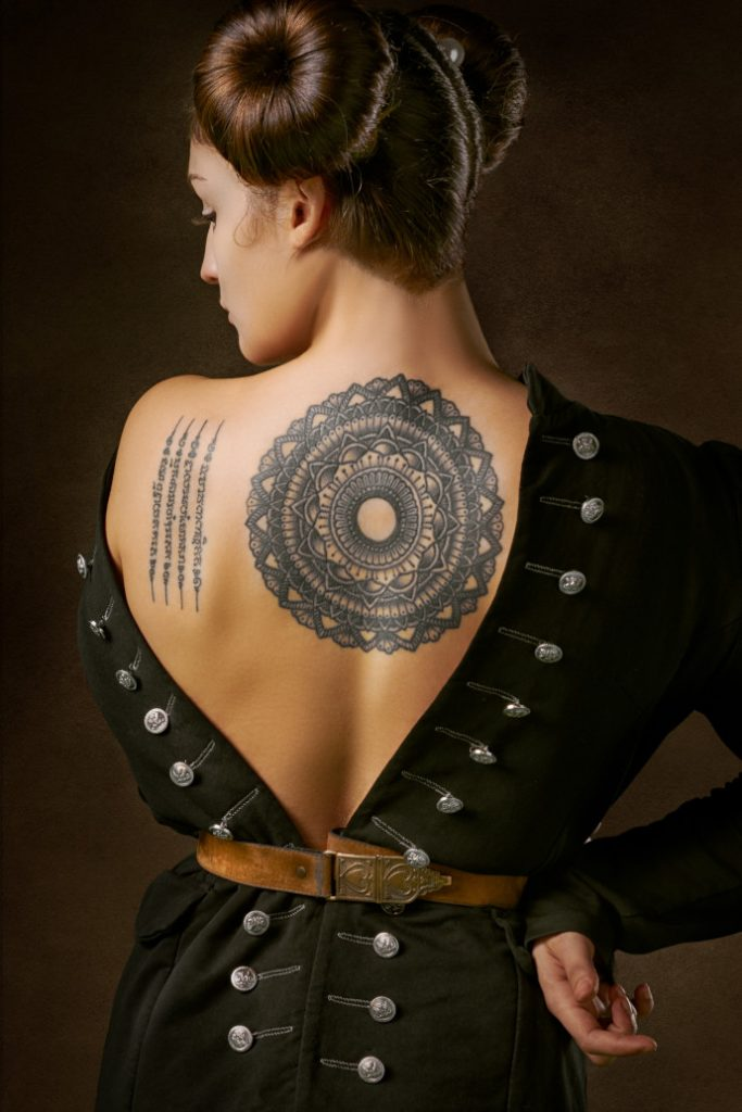 Tatuaggi-mandala-sulla-schiena