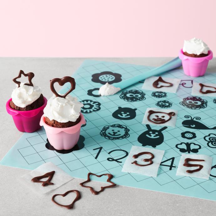 Set di decorazioni per torta Smaksam di Ikea